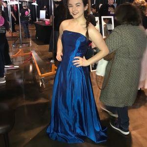 Blue Strapless Prom Dress